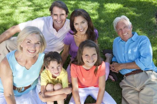 Семья: муж, жена, дети и родители мужа